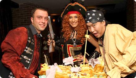 Пиратская вечеринка что надеть образ костюмы