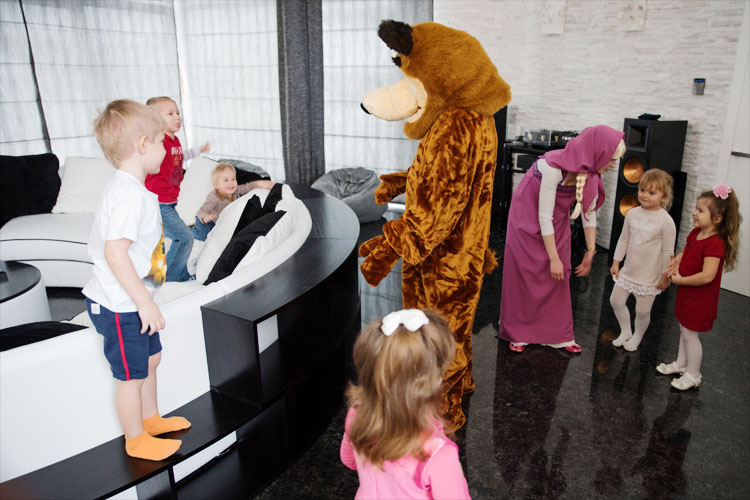 Маша и медведь на день рождения 5 лет