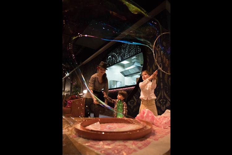 Шоу мыльных пузырей на 6 лет